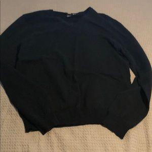 Men's size Medium v neck sweatshirt